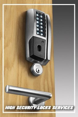 Lock Locksmith Tech Rowlett, TX 972-512-6390